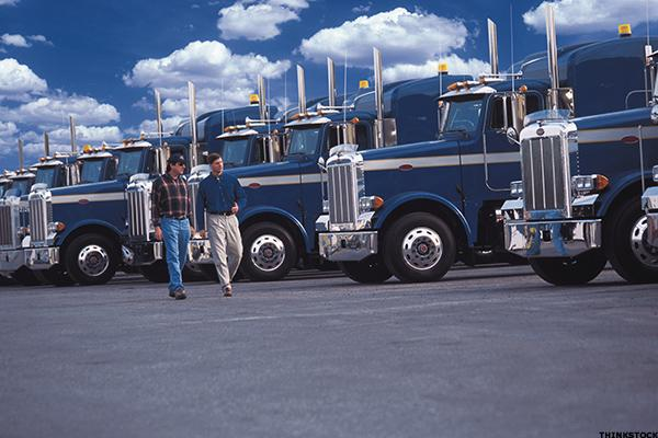 Knight Transportation to Accelerate Buying as Trucking Hits Brakes