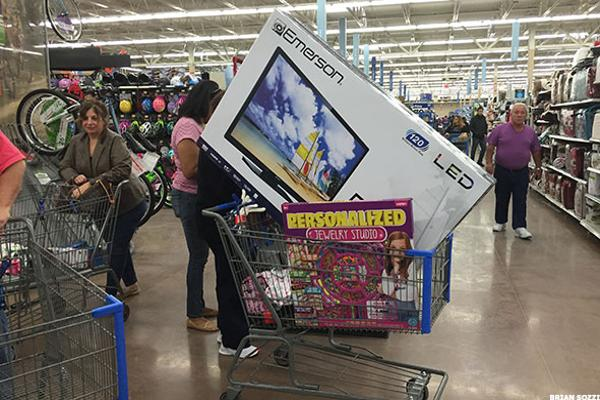Walmart's Embracing Technology, Including Robot Carts, in Big Way