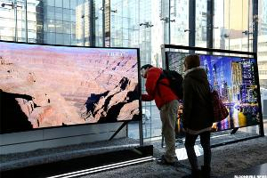 Falling iPhone Sales, TV Panel Glut Hit LG Display's Profit