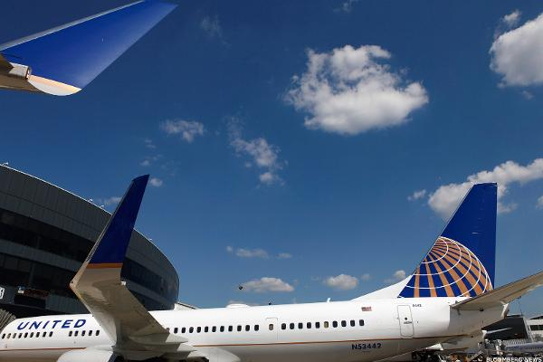 United Airlines Poised to Move Past Incident After Wall Street Cheers Earnings