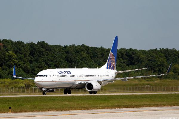 Headwinds Remain for United Airlines After Better-Than-Expected Quarter