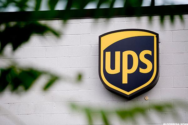 UPS Stock Higher, Adding 95,000 Employees During Holiday Season