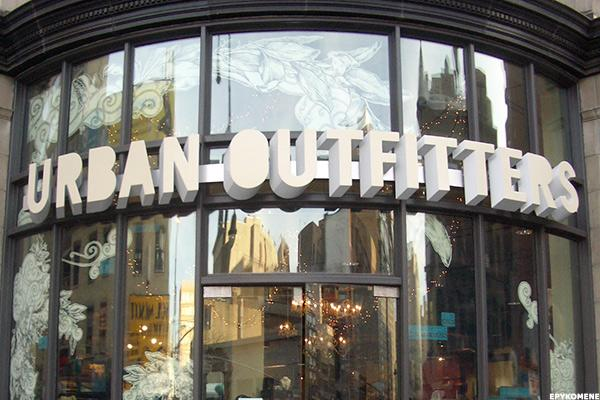Urban Outfitters Stock Tumbling on Weak Retail Outlook