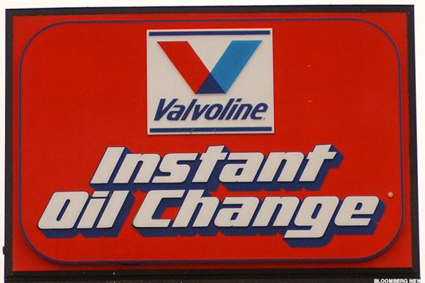 Valvoline, FireEye, Chesapeake Energy, Square: 'Mad Money' Lightning Round
