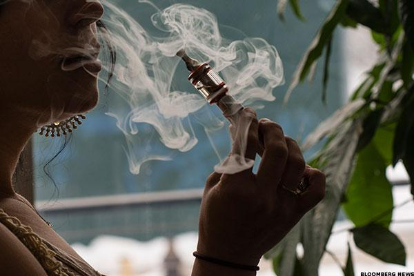 Surgeon General Condemns Adolescents' Use of E-Cigarettes