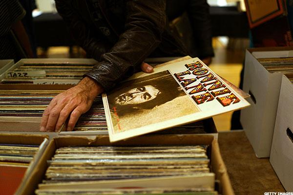 Sony Will Press its First Vinyl Records in in 30 Years