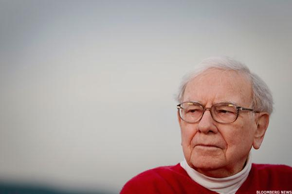 Even Billionaire Warren Buffett Is Confused by America's Crumbling Retail Sector