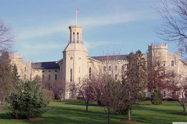 21. Wheaton College (Illinois)