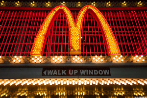 BoA Analyst Says Investors Should Eat McDonald's